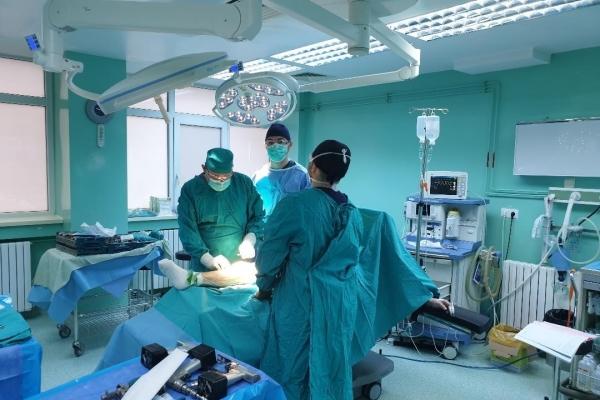 sala-operatii-proteze-pt-ortop2DD50D9F-B675-3E3D-413D-1656A6517ED2.jpg